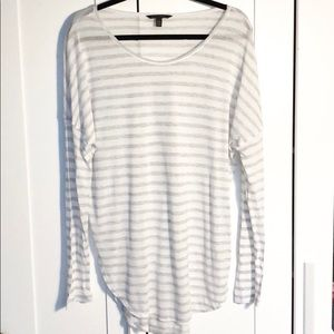 Banana Republic Long Sleeve T-Shirt